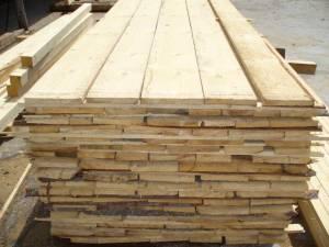 Peste 200 de amenzi aplicate într-o săptămână de controale în domeniul lemnului