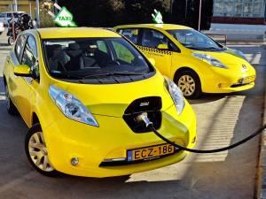50% dintre autorizaţiile de taxi eliberate în municipiul Suceava vor fi doar pentru autoturisme electrice