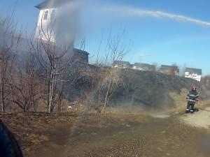 Incendiu de vegetaţie în preajma Mănăstirii Zamca