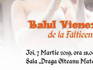 """La Fălticeni, prima ediţie a """"Balului vienez"""""""