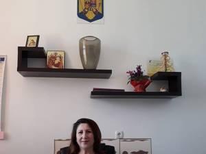 """Ionela Iacob, directoarea școlii din Horodniceni: """"Elevul cu cerințe educaționale speciale a mai fost implicat în mai multe incidente agresive"""""""