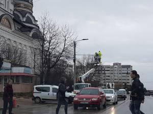 Lucrările de semaforizare a trecerii de pietoni de la Catedrala din intersecția Mărășești