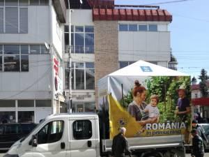 """Mihalescul: """"Autorităţile locale din municipiul Rădăuţi au acţionat din nou abuziv, confiscând cortul în care cetăţenii semnau pentru susţinerea candidaţilor PNL pentru alegerile pentru Parlamentul European"""""""