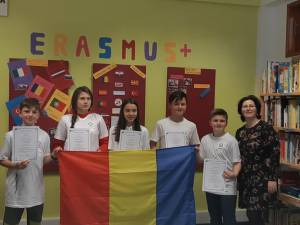 """Elevi şi profesori de la Liceul Tehnologic """"Mihai Eminescu"""" Dumbrăveni, în Portugalia"""
