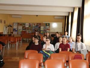 """""""Zilele porţilor deschise"""", la Clubul Video ART al Colegiului """"Petru Rareş"""""""