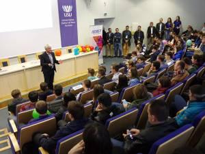 Întâlnirea a adus față în față studenți preocupați de domeniul IT și reprezentanții ASSIST