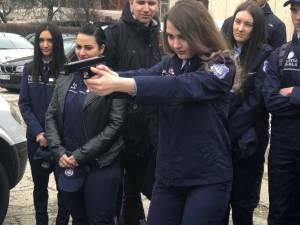 Studenţii de la Poliţie Locală din cadrul USV, în vizită la IPJ Suceava