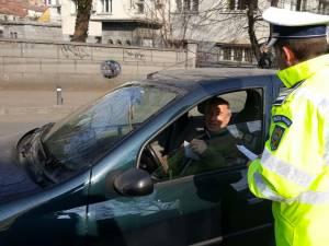 Peste 1.500 de autovehicule controlate într-o acţiune de verificare a folosirii centurii de siguranţă