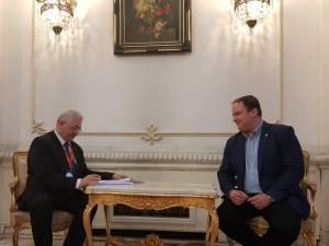 Documentele de aderare au fost semnate de către primarul Sucevei, Ion Lungu