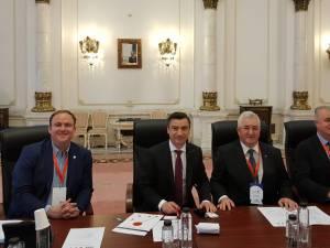 """Primarii municipiilor Iași, Suceava și Botoșani au semnat aderarea la rețeaua de """"Orașe inteligente, active și deschise"""""""