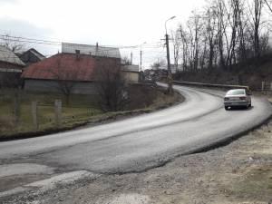 Această asfaltare a porţiunii decapate la finele anului trecut este doar o primă fază a unor lucrări mult mai ample