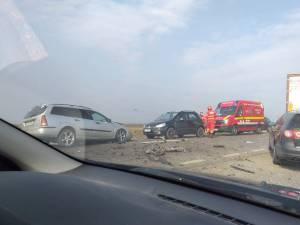 Trei mașini au fost implicate în accident