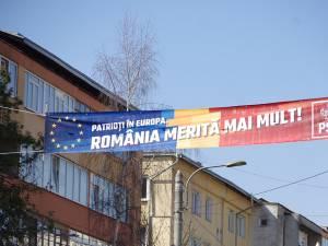 Orașul Suceava s-a umplut de bannere electorale