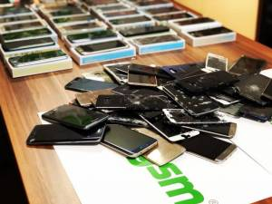 Glassgsm - soluția la toate problemele smartphone-ului tău