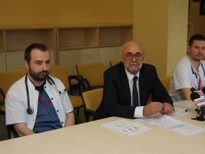 Dr. Ciprian Mitric, managerul Vasile Rimbu și dr. Alexandru Calancea