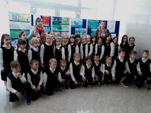 """Expoziţia elevilor din cadrul Concursului interjudeţean ,,Muzică şi Culoare"""""""