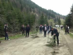 Protestul locuitorilor din oraşul Broșteni