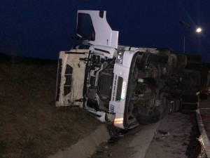 Accidentul s-a produs la ieșirea de pe șoseaua de centură, spre E 85