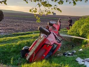 Impactul a fost violent, din lateral, şoferul având mult noroc