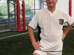 Sorin Vezeteu era un iubitor și un practicant al fotbalului