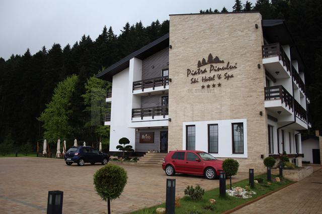Pensiunea Piatra Pinului, o oază de relaxare și bun gust, în inima Bucovinei