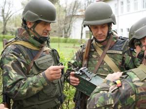 În Suceava se desfăşoară un exerciţiu de mobilizare a militarilor în rezervă