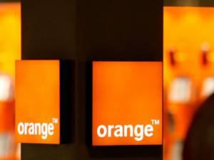 Reteaua Orange a picat vineri, la amiaza