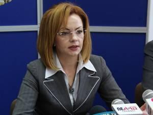 Prefectul Sucevei, Mirela Elena Adomnicăi