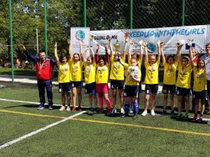 """Medalie de aur pentru echipa de fotbal unificat în 7 – fete de la Centrul Școlar Suceava și Școala Gimnazială """"Miron Costin"""""""