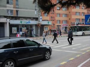 Adolescent accidentat pe trecerea de pietoni de la Bancă