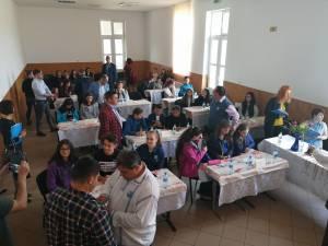 """Elevi din judeţ s-au remarcat la Concursul """"Istoria fără manual"""""""