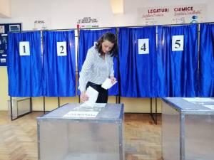 Peste 43.000 de suceveni au votat pana la ora 10.30