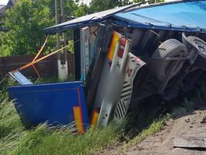 Un bărbat mort și doi răniți, în urma unui grav accident petrecut pe DN 2, la Oniceni
