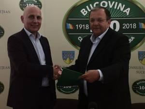 Gheorghe Flutur a semnat contractul pentru proiectul de reabilitare a Grădiniţei Speciale din Fălticeni