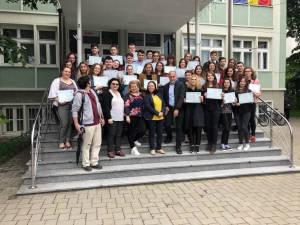 Cei mai buni elevi vorbitori de franceză au primit diplome DELF