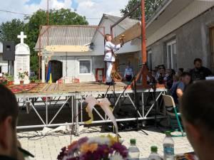 """Festivalul-concurs de toacă """"Răsună toaca-n cer"""", la Rotunda – Liteni"""