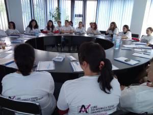Voluntarii au fost instruiti pentru campania de testare a consumului de alcool