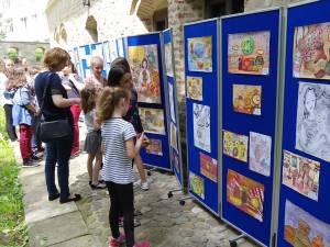 """Expoziţia-concurs de desene """"Vis de copil în casa bunicilor"""", ediția a XXIII-a, la """"Hanul Domnesc"""""""