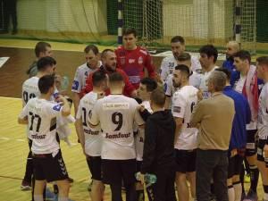 Adrian Chiruţ rămâne antrenorul principal al universitarilor