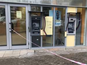 Bancomatele distruse