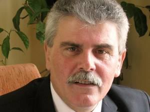 Primarul municipiului Câmpulung Moldovenesc, Mihăiţă Negură, a convocat o  comisie care va evalua pagubele produse şi va stabili măsurile care trebuie luate
