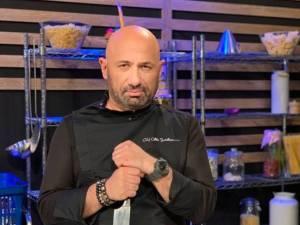 Chef Cătălin Scărlătescu va găti pentru public, duminică, la Muzeul Satului Bucovinean