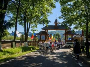 35 de copii vor merge în pelerinaj la Mănăstirea Putna