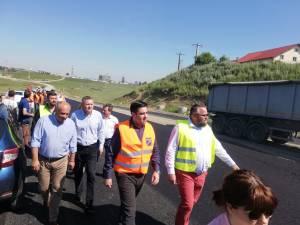 Ministrul Razvan Cuc, la şoseaua de centură a Sucevei