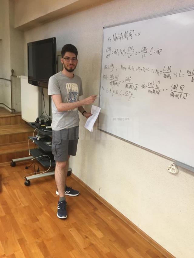Pentru pregătirea loturilor, au fost invitați profesori din țară și din Suceava
