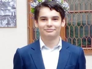 Dragoş Andrei Sîrghi s-a calificat, la începutul acestei luni, în lotul de juniori pentru Internaţionala de Astronomie