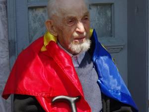 Costache Știrbu era născut în martie 1914