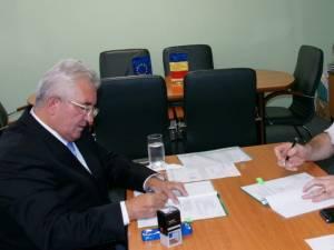 """Contractul de finanţare pentru extinderea şi modernizarea Grădiniţei """"Dumbrava Minunată"""", semnat marţi"""