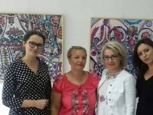 Tradiţiile româneşti în viziunea artistei Nicoleta Cărare
