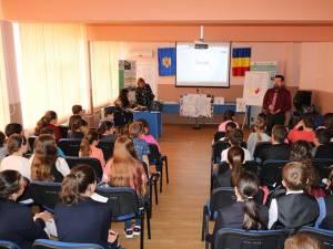 Verificări ale Corpului de control al ministrului Educaţiei Naţionale în unităţile de învăţământ din Suceava, în luna august